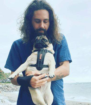 Jay and Ruby the Pug House Sitting