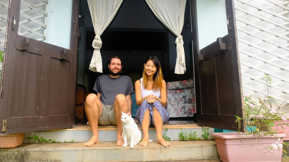 House sitters Hyekyong  and Jodi